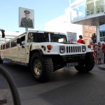 Stretch-Hummer am Checkpoint Charlie